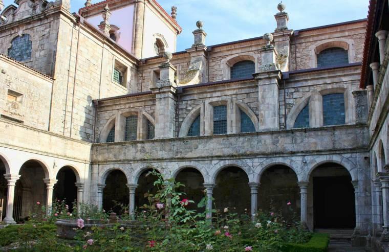 Sé de Lamego - cathedral cloisters