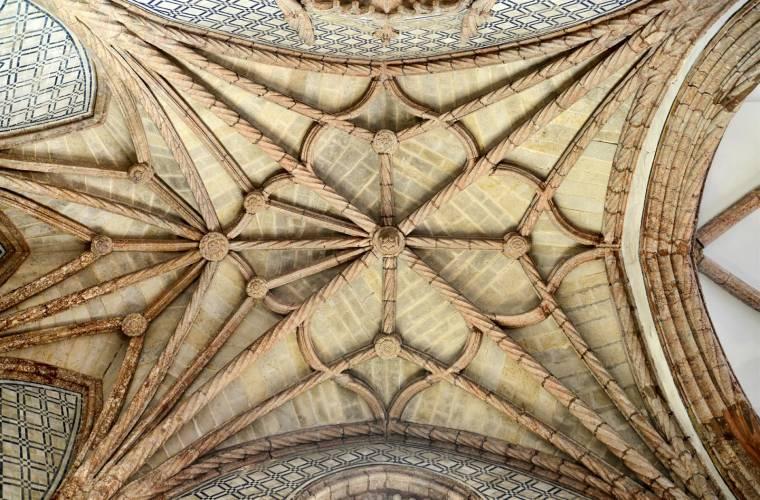 Mosteiro de Jesus de Setúbal ceiling