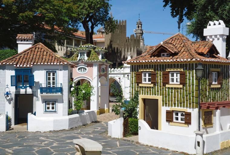 Portugal dos Pequenitos - Traditional houses
