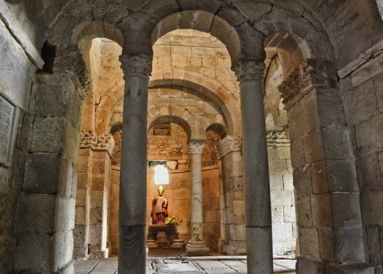 Interior of Capela de São Frutuoso