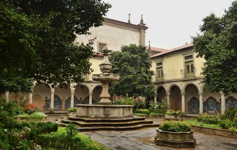 Mosteiro de São Martinho de Tibães - Claustro do Cemitério