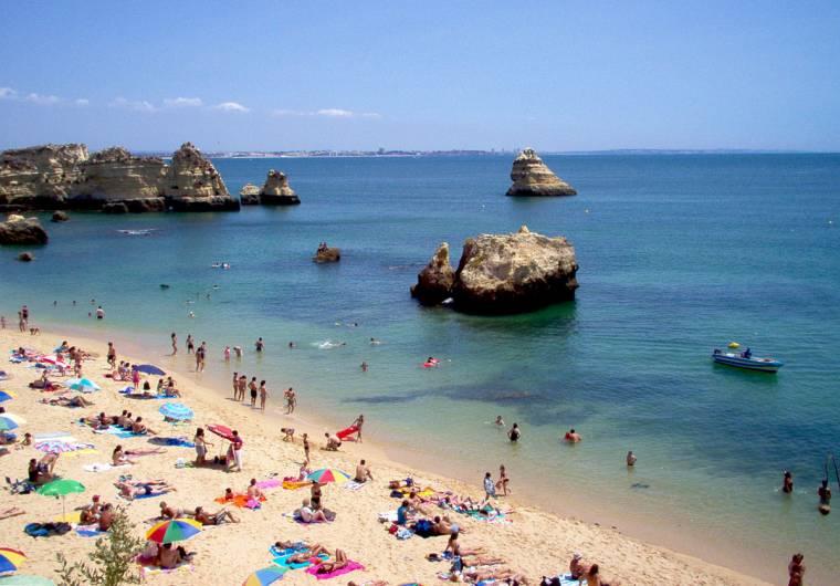 Dona Ana beach - Lagos