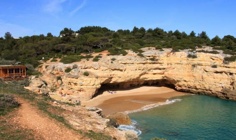 Praia de Albandeira - Pirata