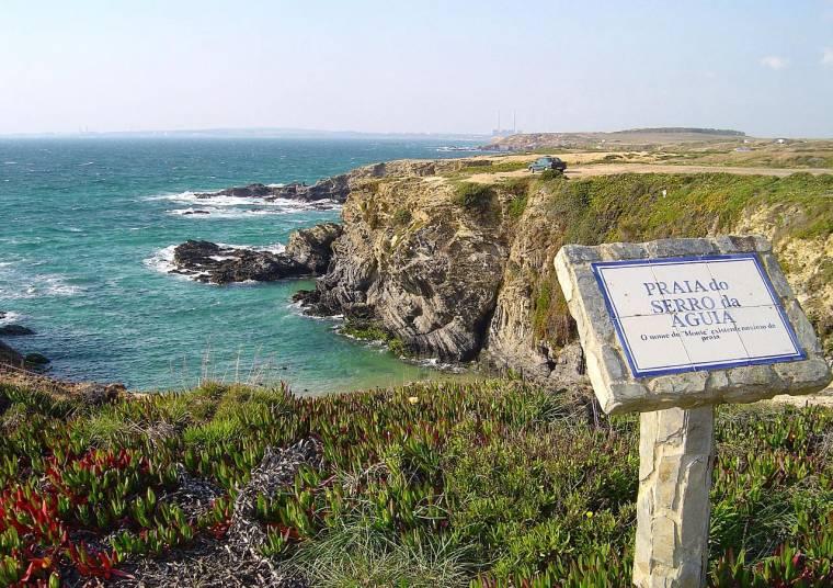 Praia do Serro da Águia