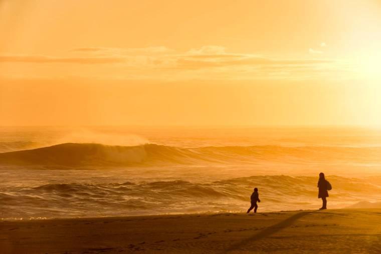 Praia da Tocha sunset surf