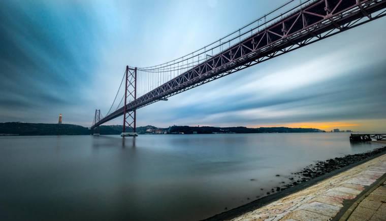Lisbon bridge - Ponte 25 de Abril