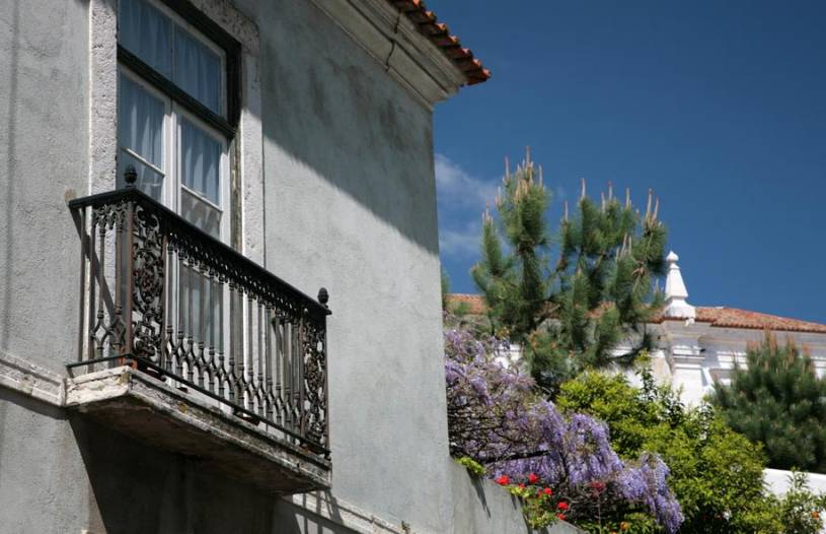 Balcony and Garden in Alfama - Lisbon