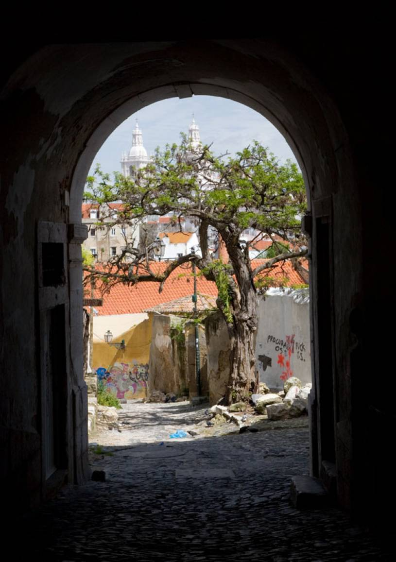 Alfama - Glimpse through Arch