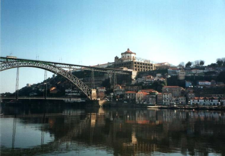 Dom Luis Bridge to Vila Nova da Gaia