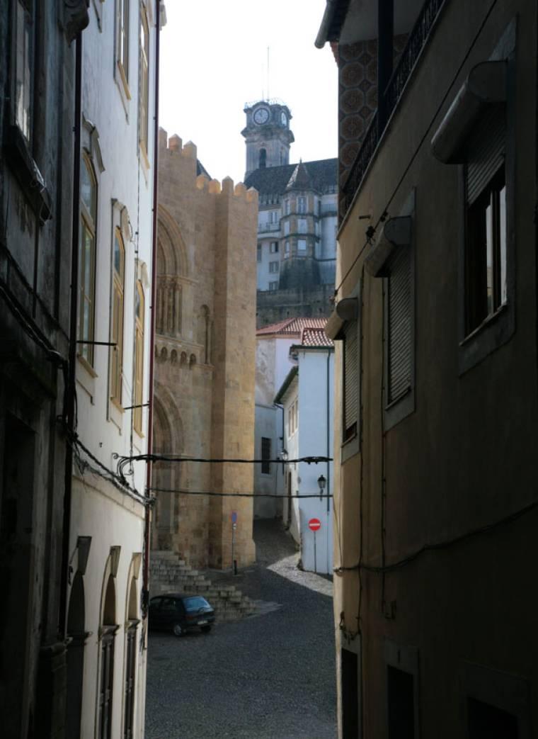 Se Velha Glimpse - Coimbra