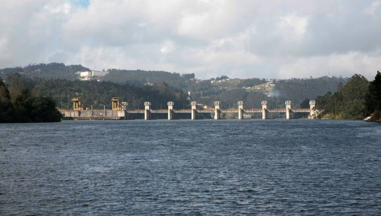 Crestuma / Lever Dam - River Douro