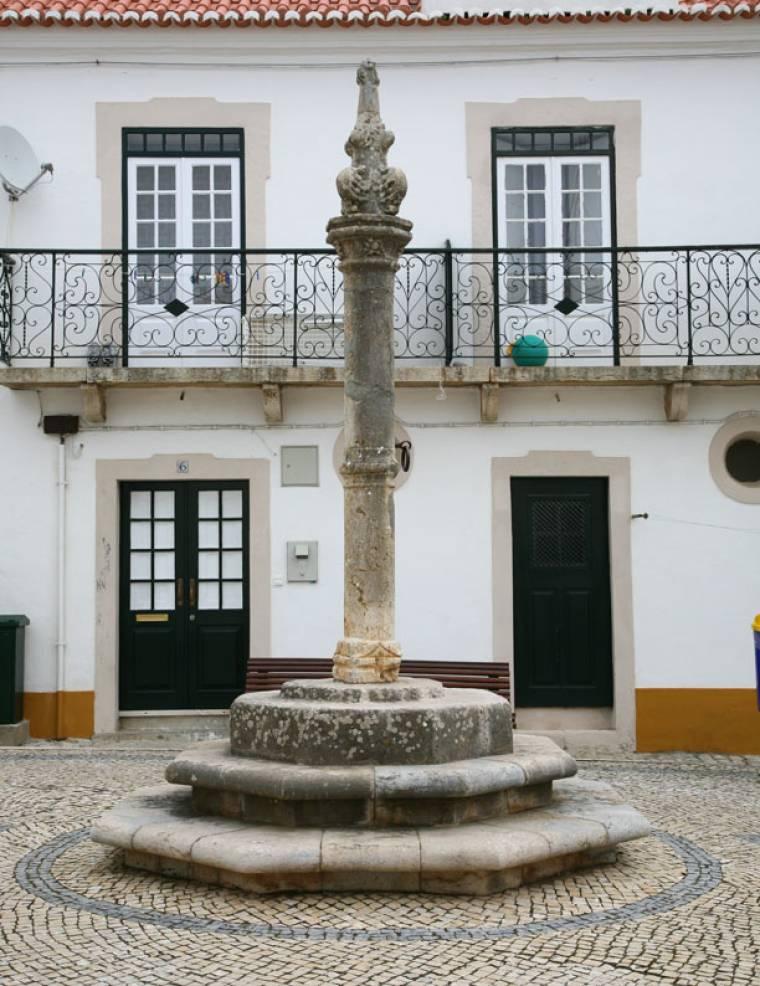 Ericeira Pillory Pole