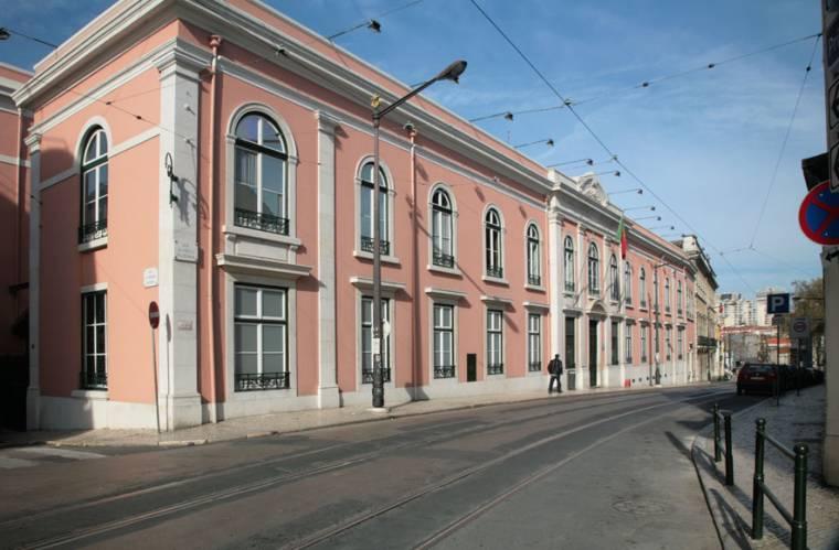 Rua Escola Politecnica - Lisbon