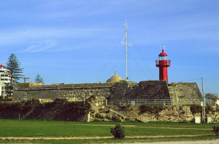 Figueira da Foz Lighthouse