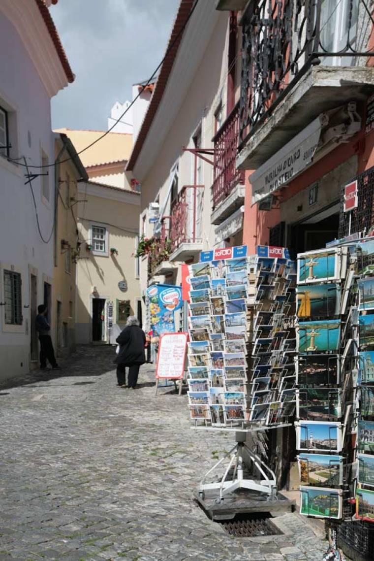 Tourist Shops in Santa Cruz - Lisbon