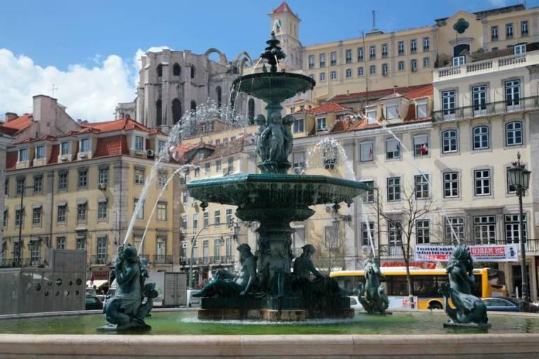 Rossio Fountain - Lisbon
