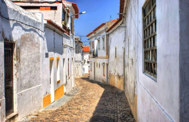 Moura Street