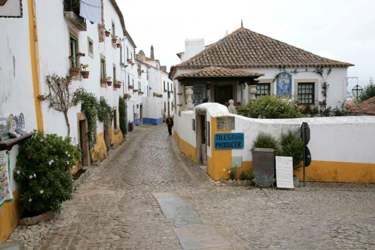 Obidos Street and houses