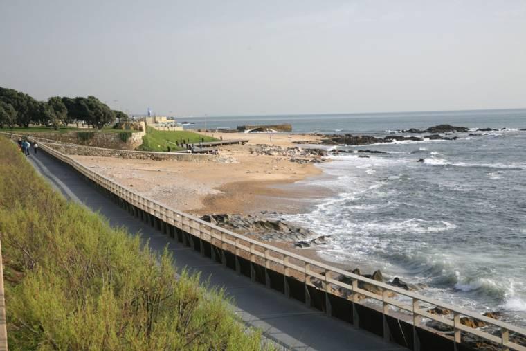 Praia Internacional - Porto
