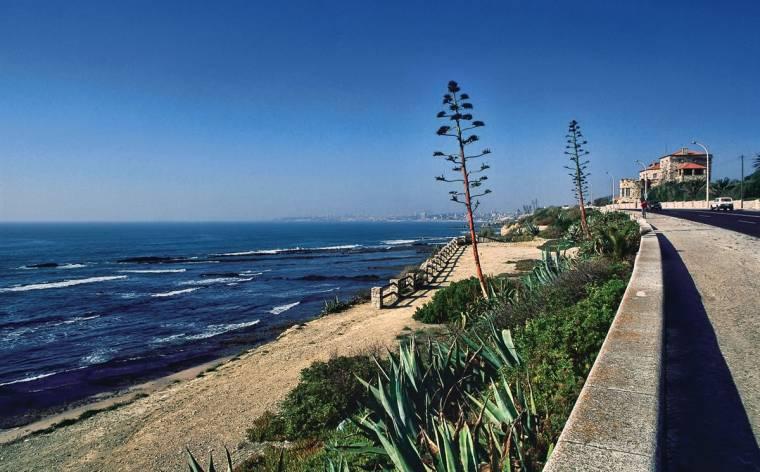 Parede beach