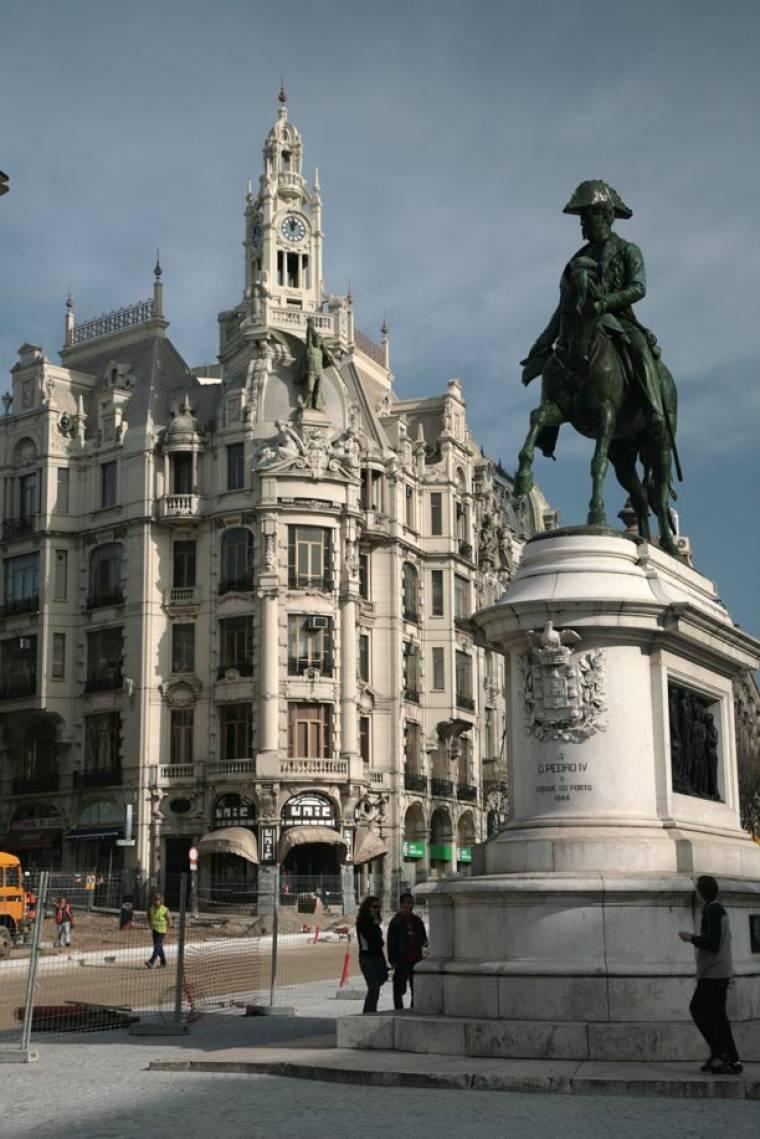 Dom Pedro VI statue - Avenida dos Aliados - Porto
