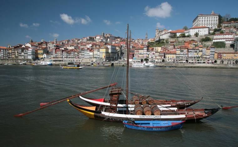 Port Boat and Ribeira