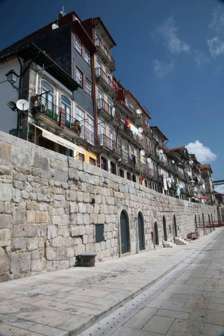 Porto Riverside Houses