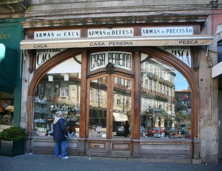 Porto Shopfront