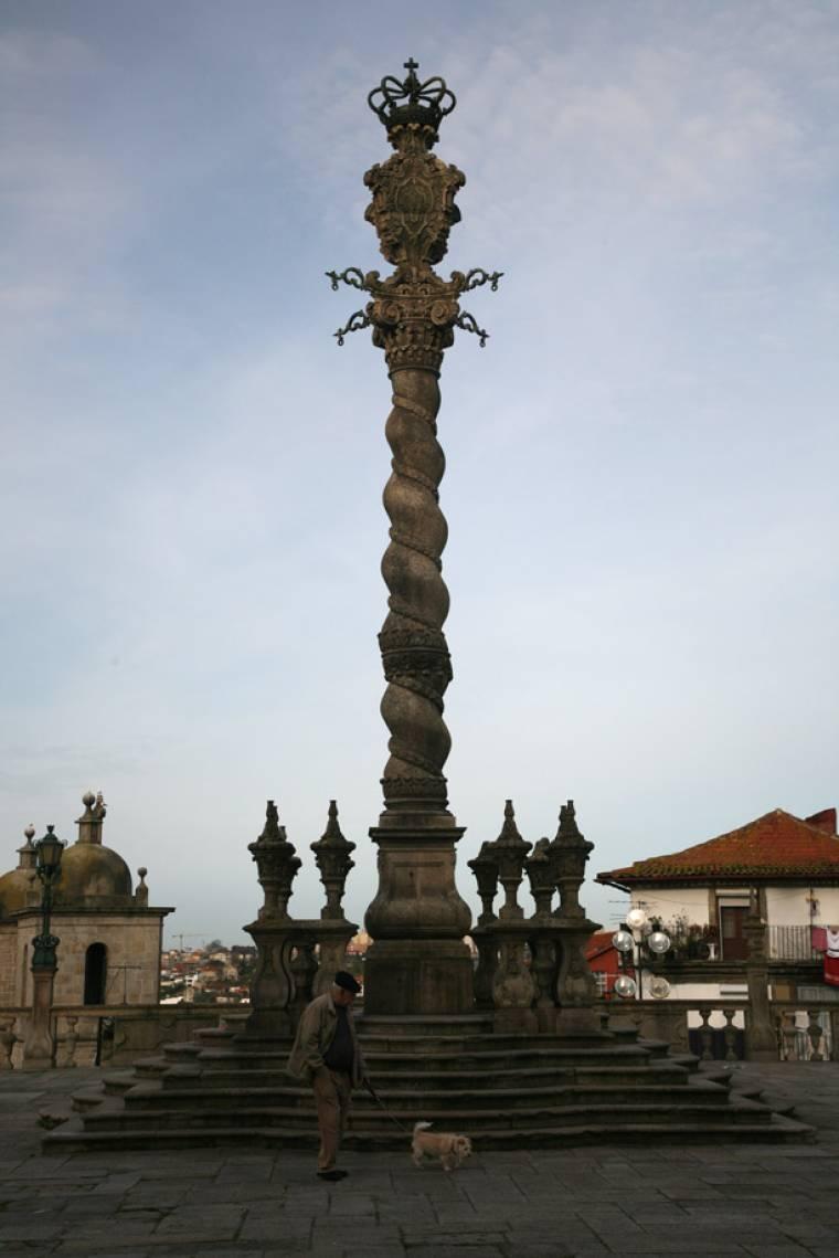 Porto Monument
