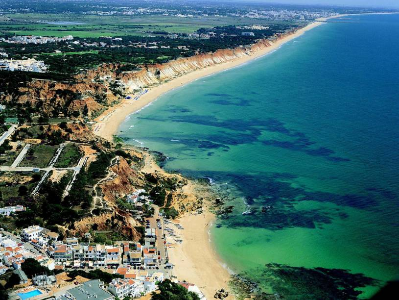 Praia da Falésia from above