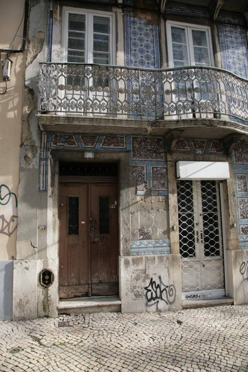 Old Tiled House - Lisbon