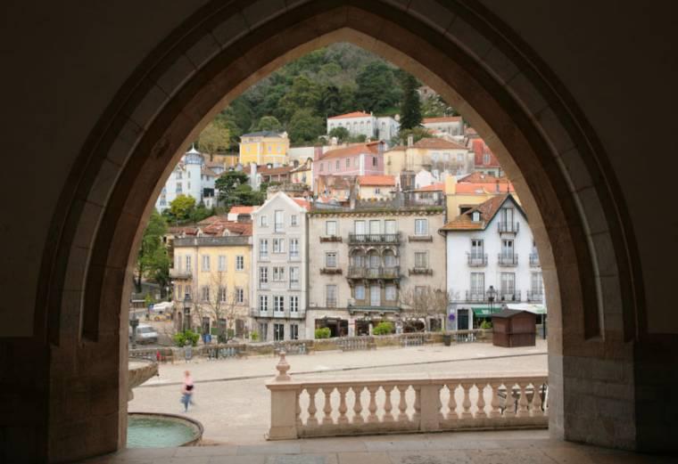 Palacio Nacional Arch - Sintra