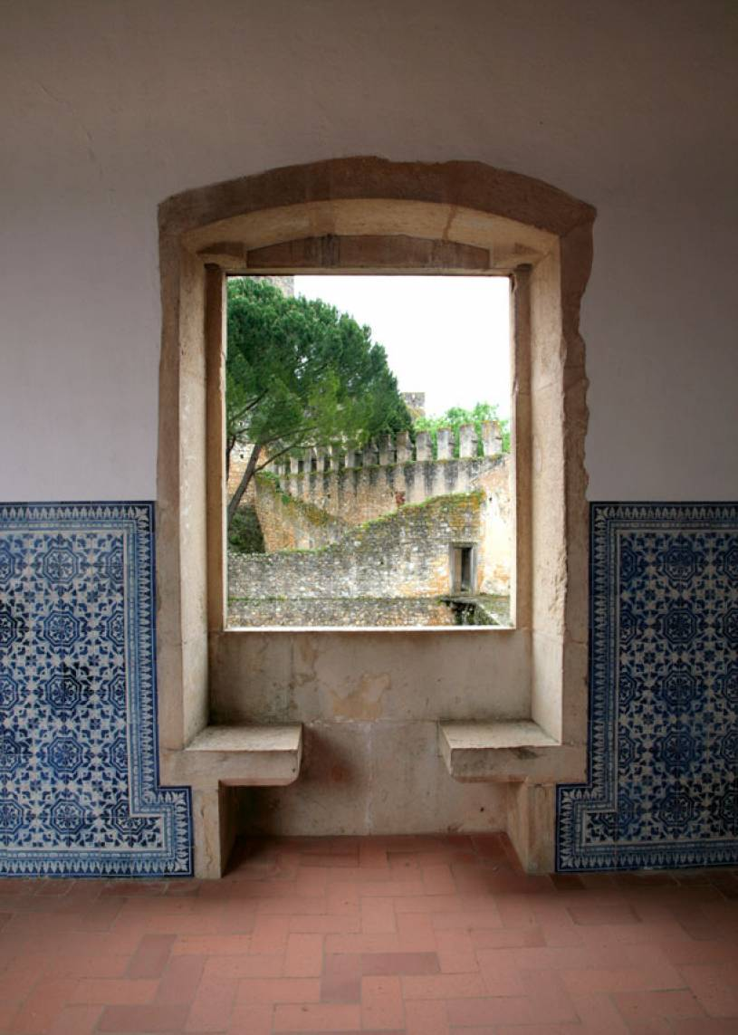 Window Seat - Convent of the Order of Christ - Tomar