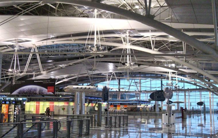 Porto Airport departures terminal